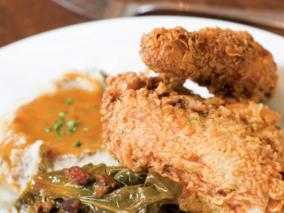 9 Entrees Inspired By Charleston History (& Where to Enjoy Them)