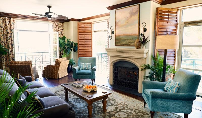 11 Coziest Charleston Retreats