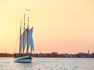 34 Ways to #ExploreCharleston on the Water