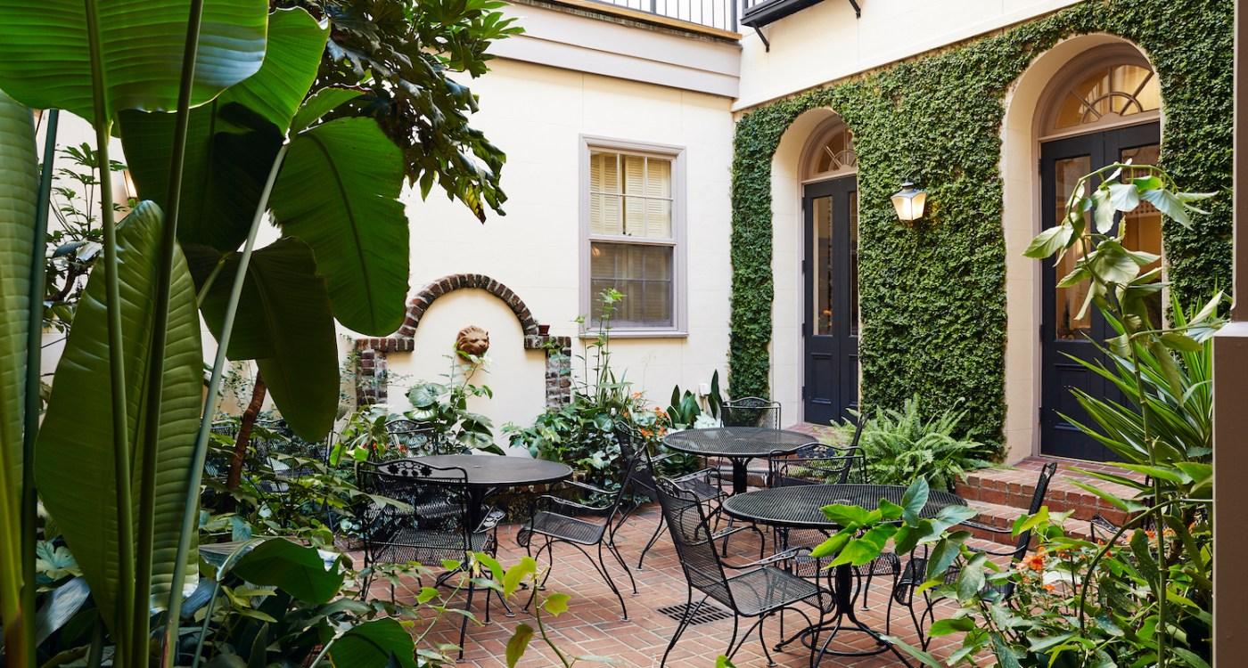 kings_courtyard