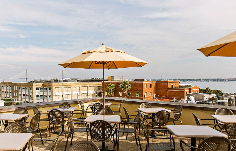 the-rooftop-bar-at-vendue-charleston-sc