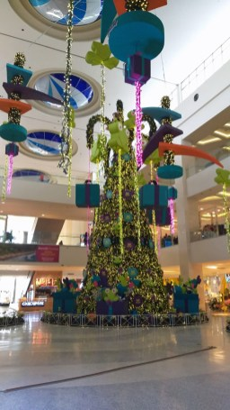 City Mall Alajuela (Kolbi Telephone Tree)