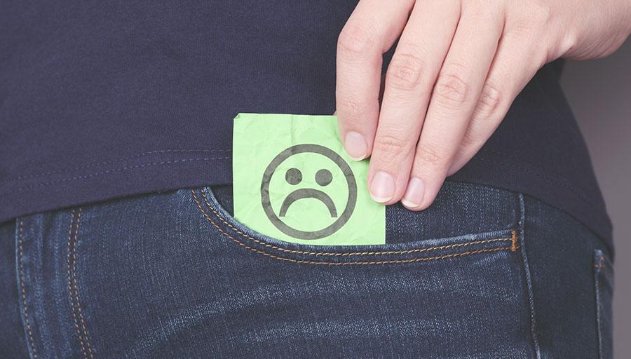 Waarom zijn de zakken van mijn jeansbroek zo belachelijk klein?