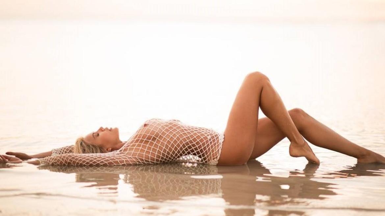 Charlotte McKinney - Beach - 01