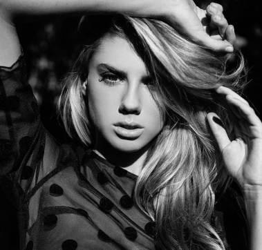 Charlotte McKinney - Nick Suarez - 04