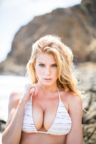 Charlotte McKinney - Samuel Black - Lippke - 04