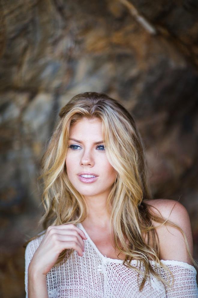 Charlotte McKinney - Samuel Black - Lippke - 14