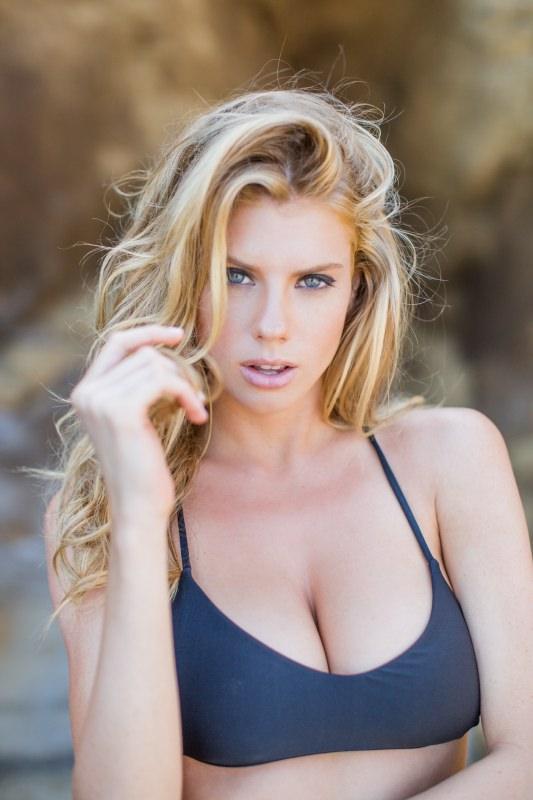 Charlotte McKinney - Samuel Black - Lippke - 20