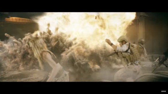 Akillezz - Punching Bag ft. Charlotte McKinney - 09