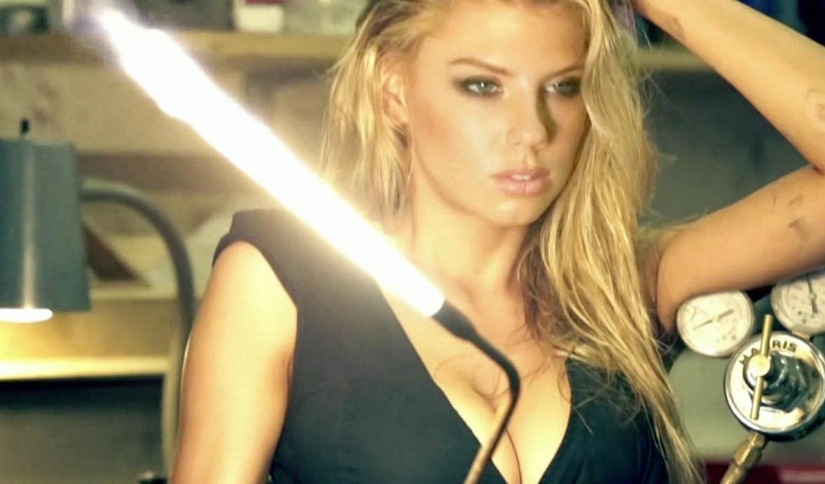 Charlotte McKinney - Nicholas Routzen - 09