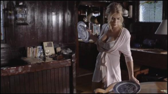 charlotte-mckinney-in-pete-yorn-music-video-im-not-the-one-08