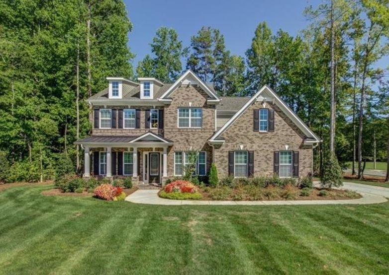 The manors at lake ridge house