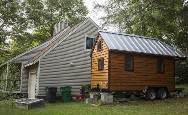 Tiny House Movement Grows Through The Cracks In City