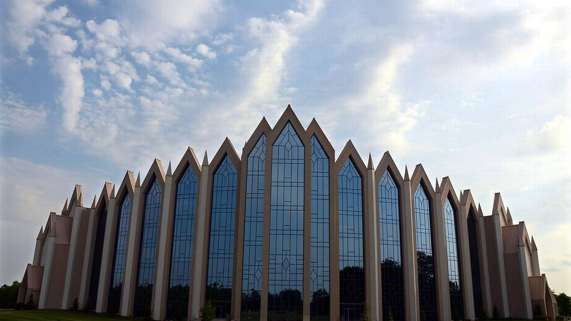 More families join lawsuit against Calvary Church