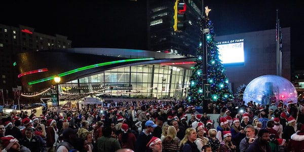 nascar hall of fame tree lighting