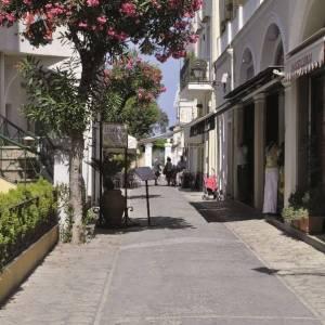 Le vie dello shopping a Capri