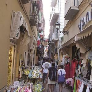 Le vie dello shopping a Sorrento