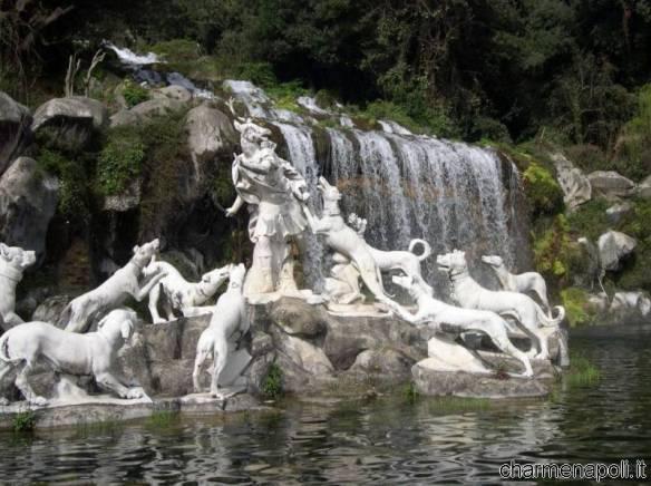 reggia caserta particolare fontana 2