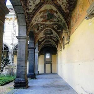 Monastero delle Trentatrè, particolare delle volte del porticato