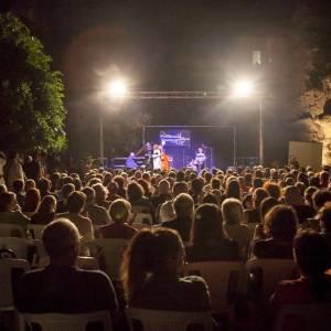 Tempio di Nettuno, concerto di notte
