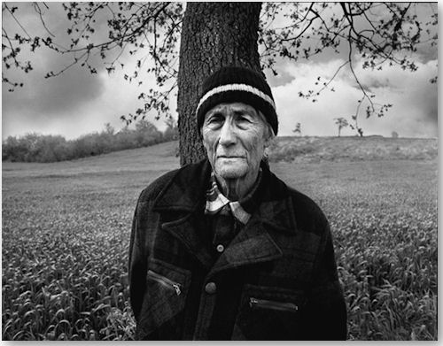 In the countryside 2007 - © Emine Ceylan
