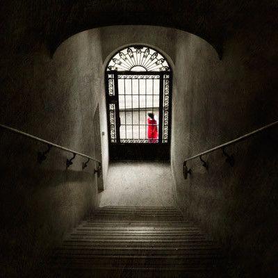 Derrière la porte - © Gwenaël Bollinger
