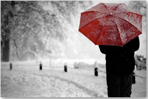 red umbrella - © poseidon