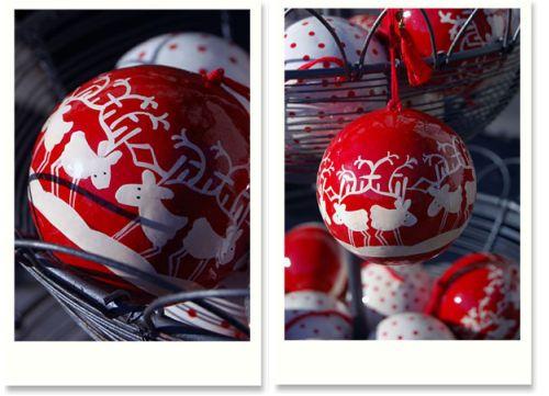 Weihnachtskugeln mit Rentieren
