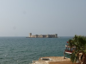 The whole island is taken up by another fort, just off-shore from the castle