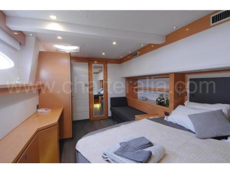 Cabana do proprietario de aluguer de barco Ibiza Victoria 67