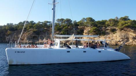 barco para festas de despedida em ibiza