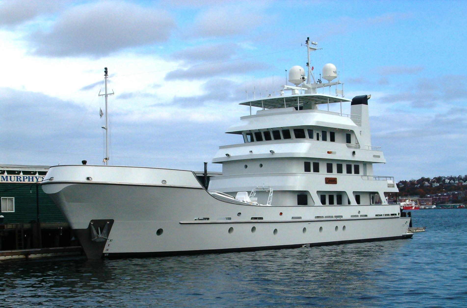 Yacht COPASETIC Hike Metal Works CHARTERWORLD Luxury