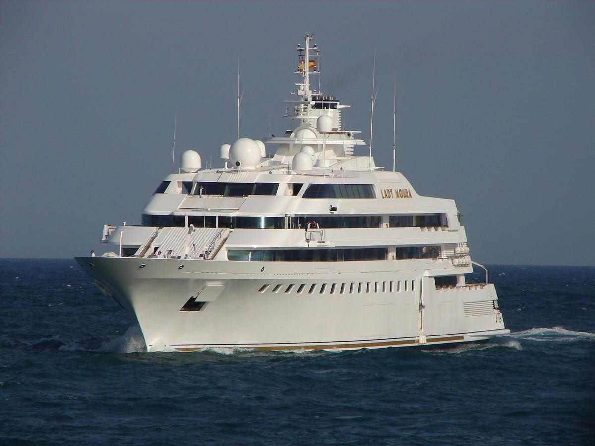 Yacht LADY MOURA Blohm Voss CHARTERWORLD Luxury