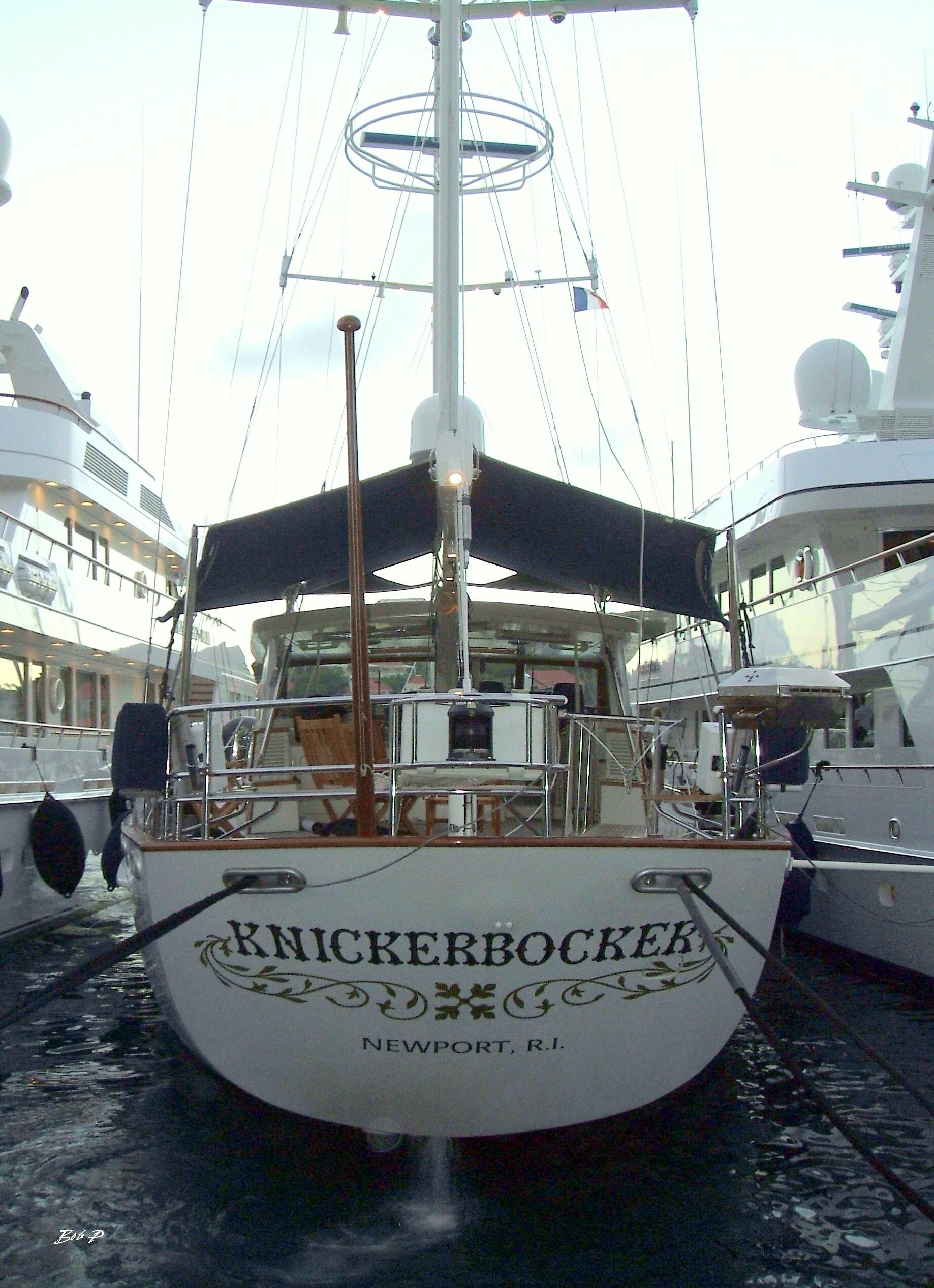 Yacht KNICKERBOCKER Palmer Johnson Yachts CHARTERWORLD