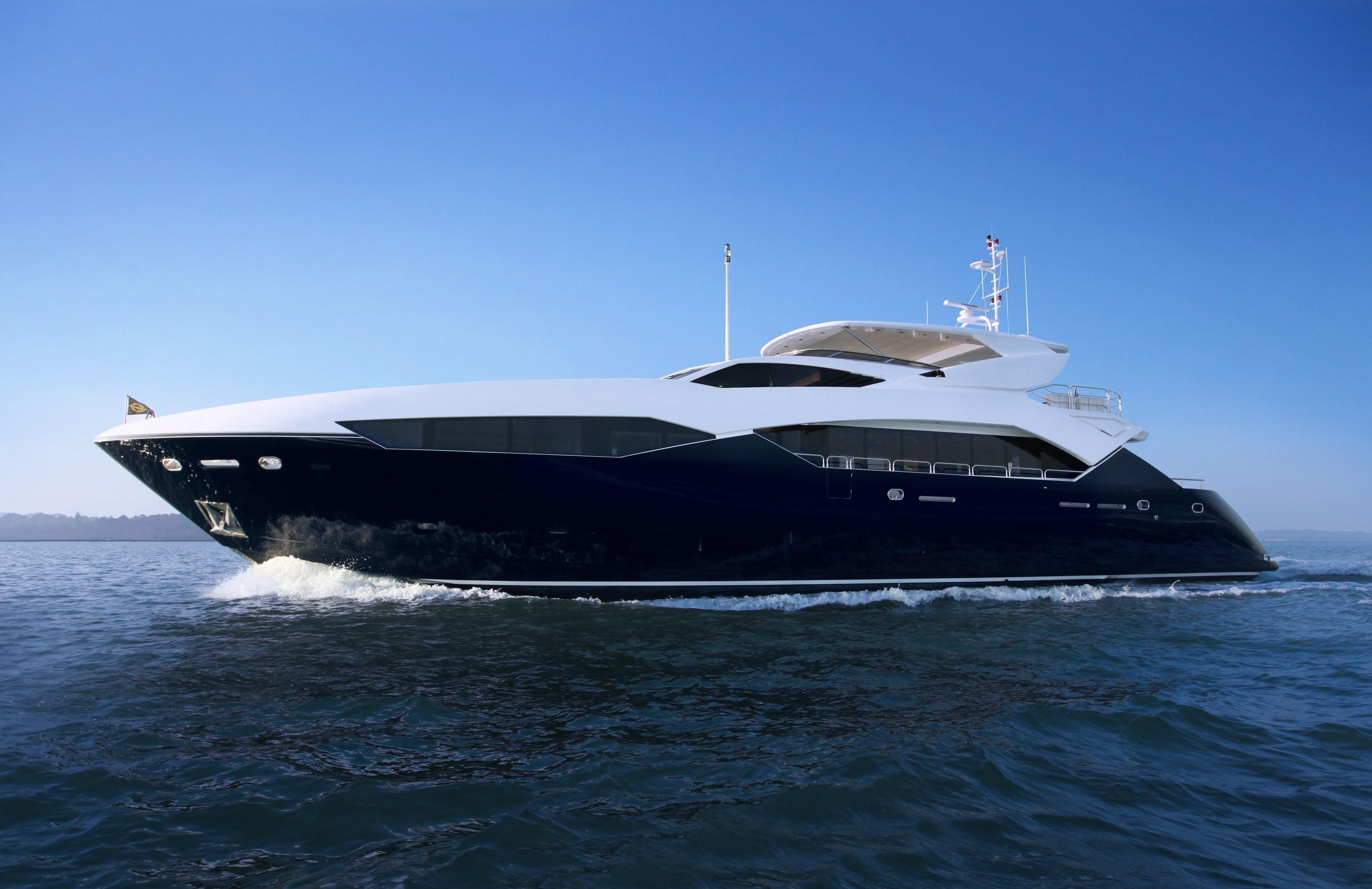 CHIMERA Yacht Charter Details Sunseeker Predator 115