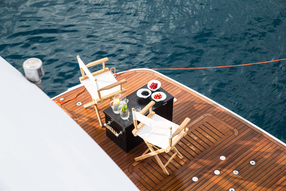 Swim Platform Image Gallery  Luxury Yacht Browser  by