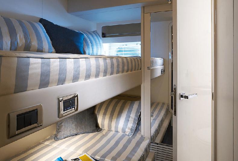 Sunseeker Predator 92 Sport Crew Cabin Luxury Yacht