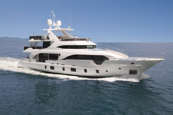 Yacht INCONTATTO, Benetti Tradition Supreme 108 ...