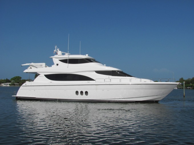 Motor Yacht ISLAND COWBOY Hatteras 80
