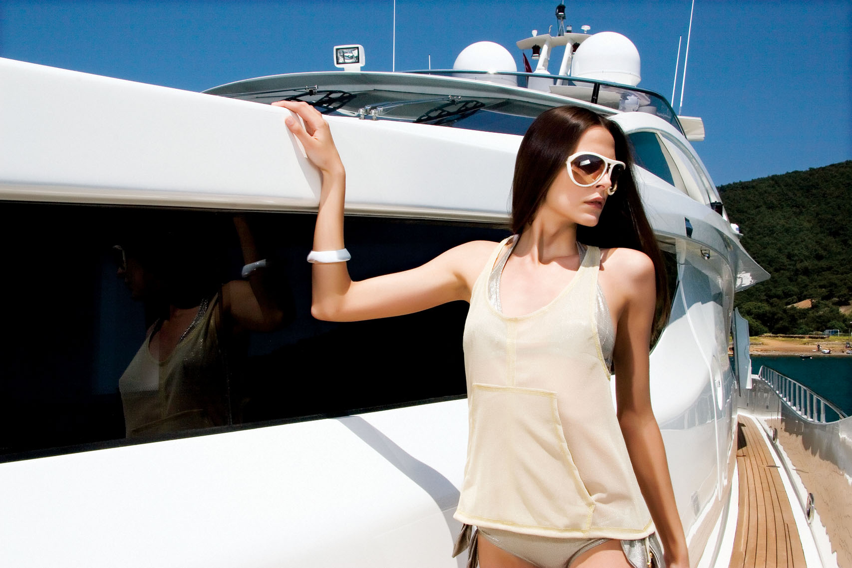 Numarine Mega Yacht 102 RPH Exterior Yacht Charter
