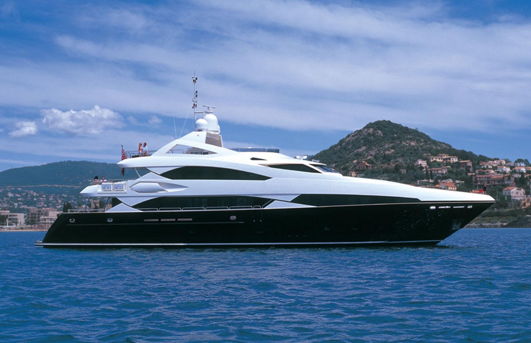 Sunseeker Superyacht Sunseeker Yachts Yacht Charter