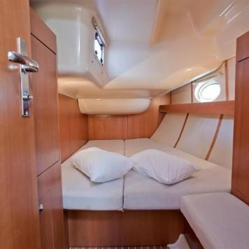 barca a vela charter yacht (11)