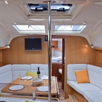 barca a vela charter yacht (9)