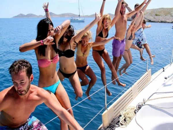 vacanze in barca a vela e yacht motore noleggio