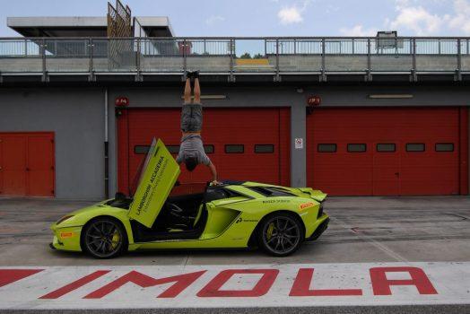 Lamborghini Aventador S 2018 Roadster in Yellow