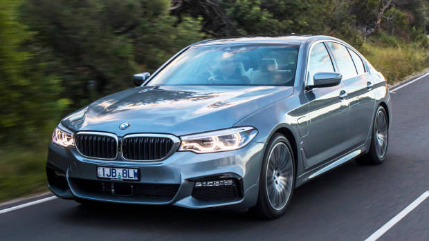 2017 BMW 530e Plug-in Hybrid Review   Chasing Cars