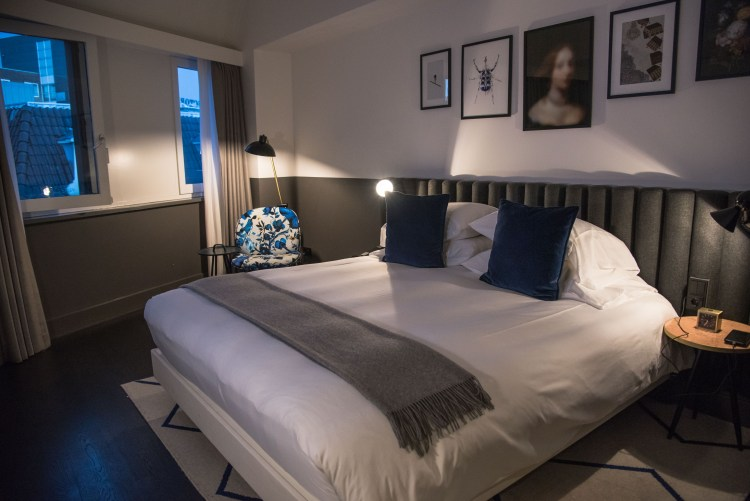 Kimpton De Witt: The Best Place to Stay in Amsterdam | Kimpton De Witt is centrally located in Amsterdam's center, minutes from Centraal Station and is the best place to stay in Amsterdam. | #hotel #luxury #luxuryhotel #luxurytravel #travel #amsterdam #netherlands | Chasing Departures