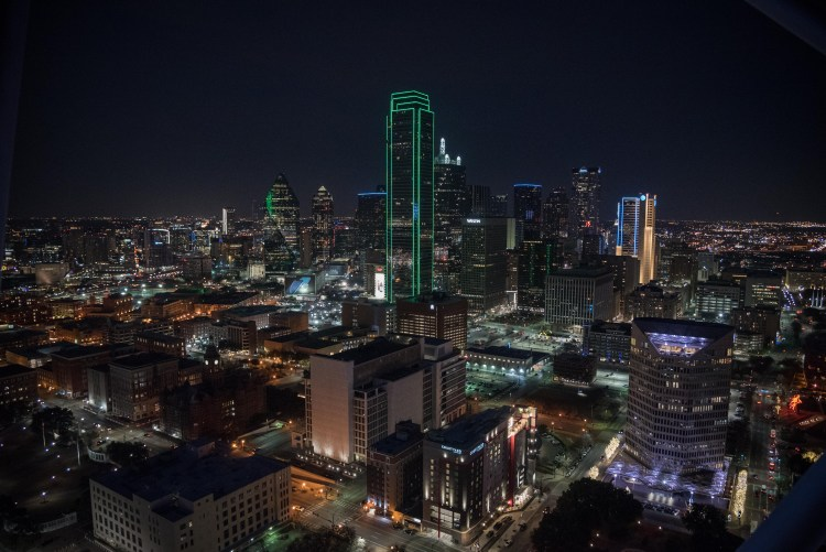 Layover in Dallas: A Quick Guide for 12 Hours | View of Downtown Dallas from Reunion Tower | If you have a long layover in Dallas, there are plenty of activities and delicious food to keep you occupied outside the airport. | Chasing Departures | #dallas #texas #thingstododallas #downtowndallas #layover #travel #guide