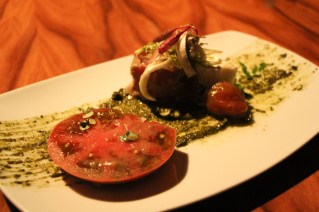 Heirloom Tomato - delce de bourgogne, pistachio pesto, charred onion