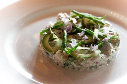 Wahoo tartare w/ horseradish cream & sea beans